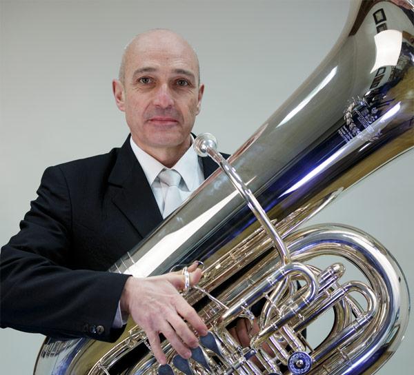Miguel Vallés Manzano